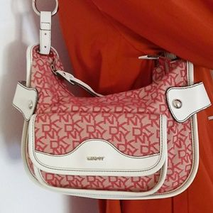 DKNY SHOLDER BAG